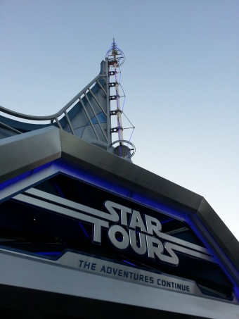 Disneyland_Star_Tours_The_Adventures_Continue_Entrance.jpg